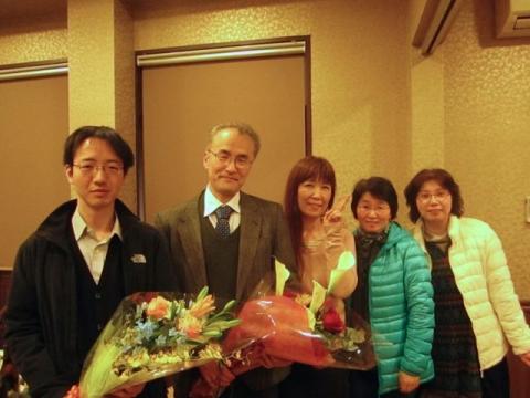 伊藤先生、山口先生、事務職員の方々