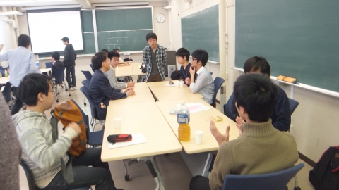 懇談会の様子(2)
